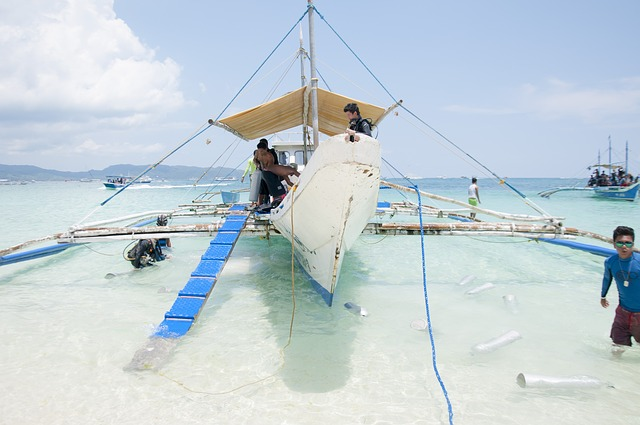 group boat tours at Boracay