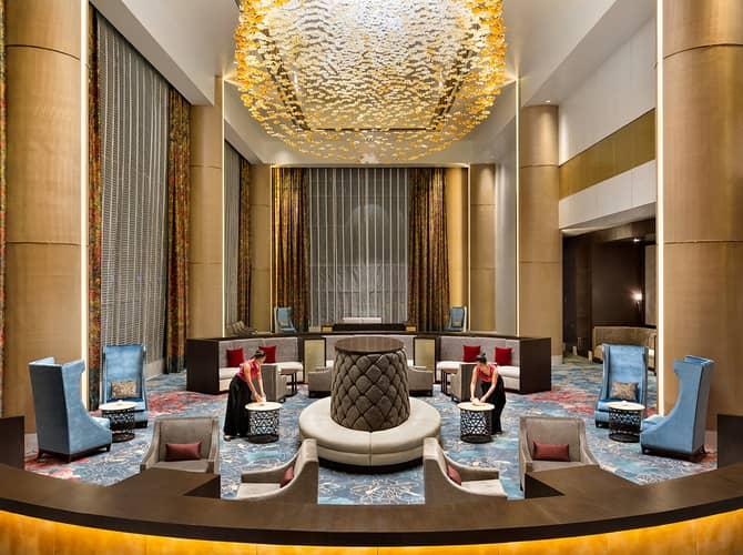 Shangri-La Manila luxury hotel