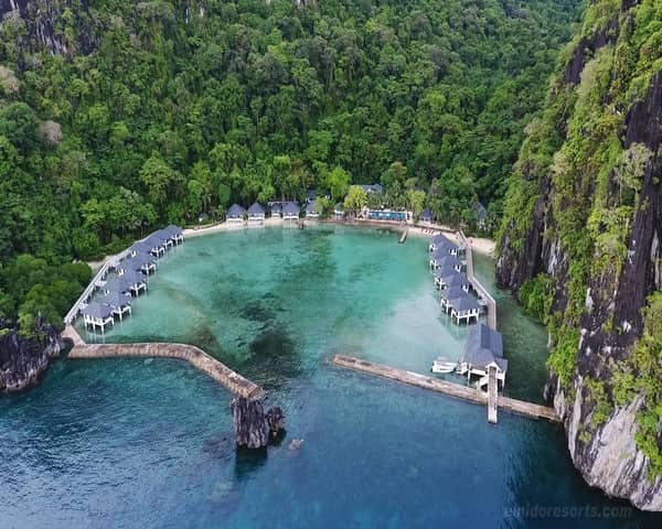 Lagen Island Resort - Luxury in Paradise - Review & Best Rates