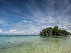 Sabitang beach in Caramoan
