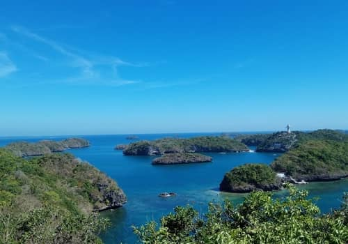 Hundred islands panoramic view