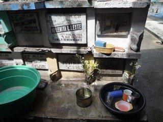 Manila cemetery tour